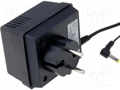 AC adapter 4.5V, 0...0,8A, 4.0x1.7 Stab